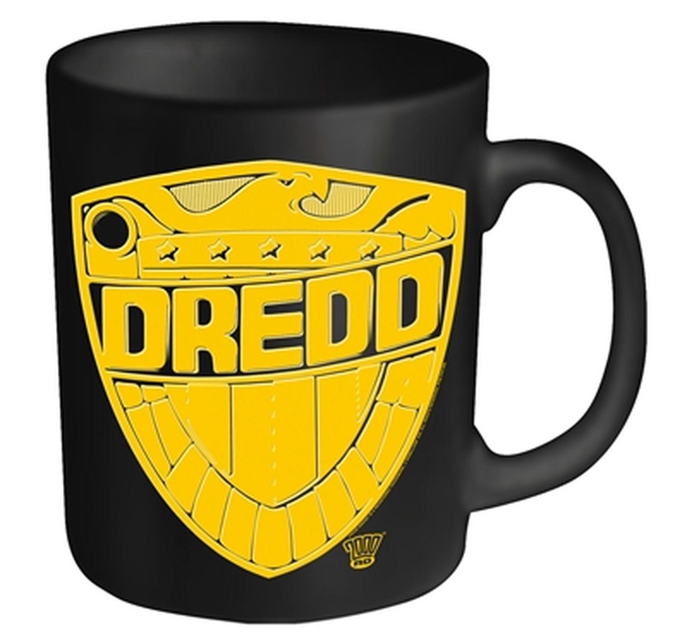 2000AD Judge Dredd Badge mug - Official - Something Geeky